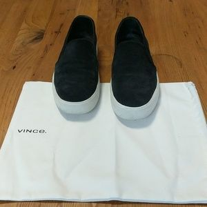 Vince Black Leather Slip On Sneakers Size 7